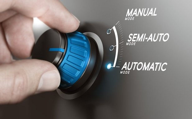hand turning bluer dial marked automatic